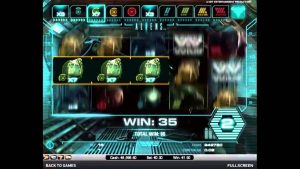 Aliens Online Casino Game